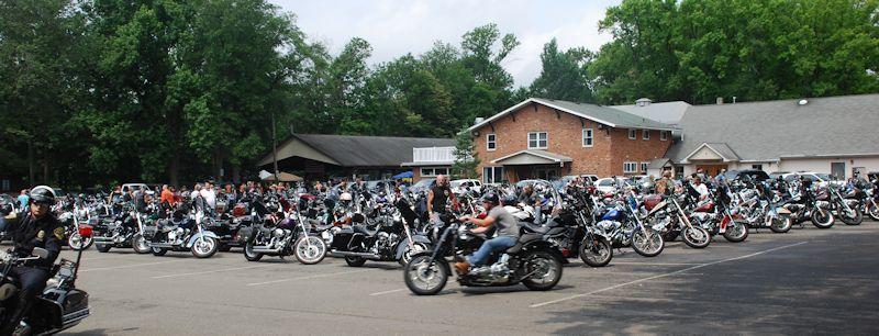 406ea921fac733e2a0b4__field_of_bikes.jpg