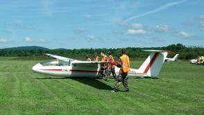 Squadron Learns About Glider Planes, photo 1