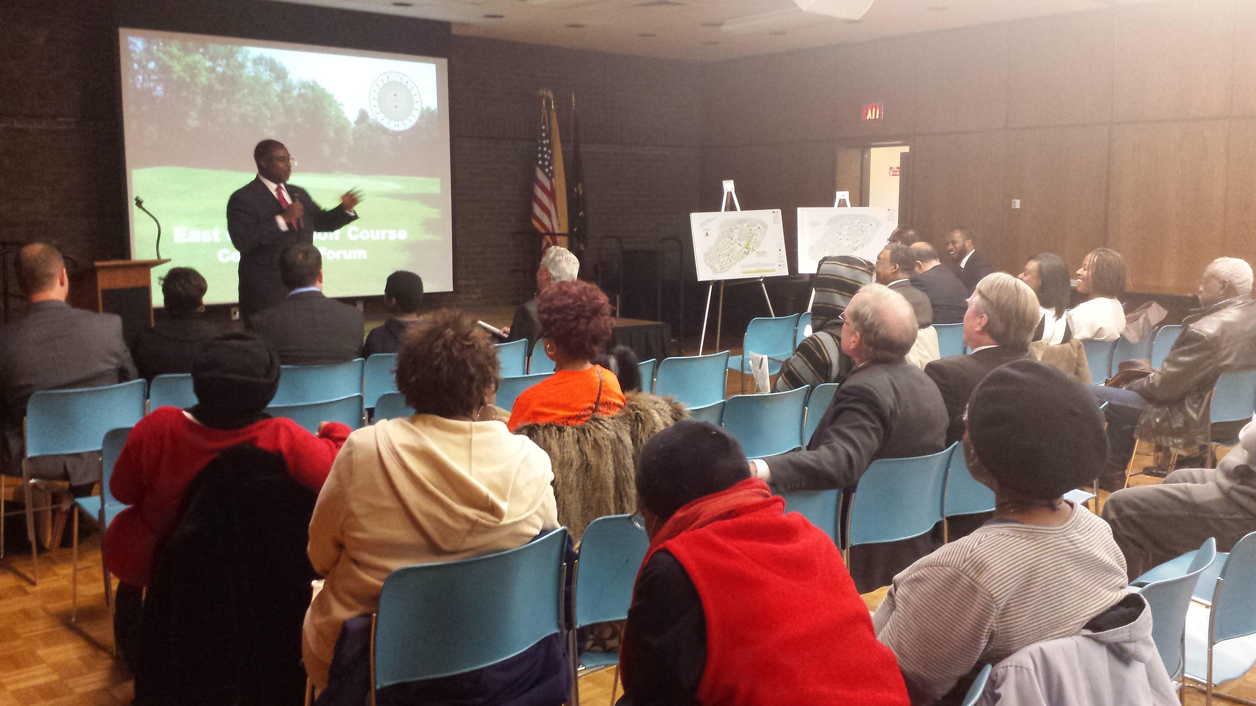 Mayor Lester E Taylor Iii Hosts East Orange Golf Course Community Forum East Orange Orange Nj