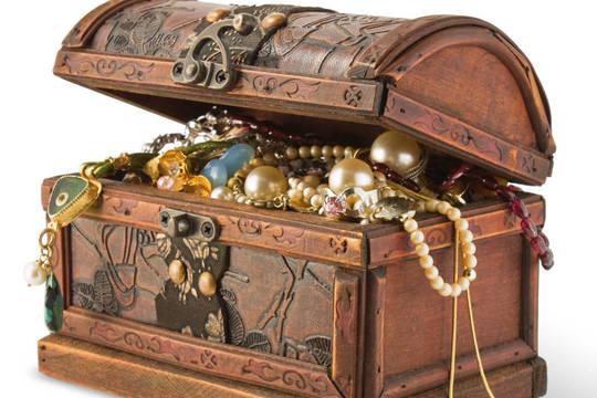 Top_story_520ef9bfe6c66faccece_0e6efca8d0a69b92c353_treasure_chest