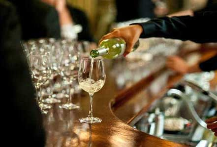 636f3e4150a19ada46b6_pouring-wine-at-OTNB-2011a.jpg