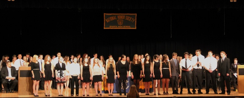 c99b8db3b21509d14a8e_honorsocietychoir__800x323_.jpg