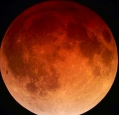 Carousel_image_5921f013b39810ed8ec6_lunar_eclipse