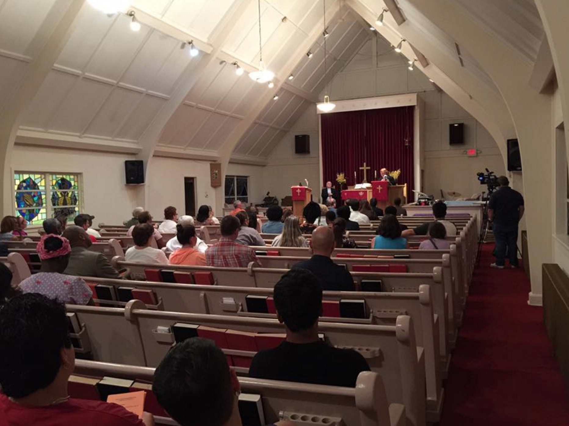 Christ Church Shooting Hd: Residents Come Together At Interfaith Solidarity Event In