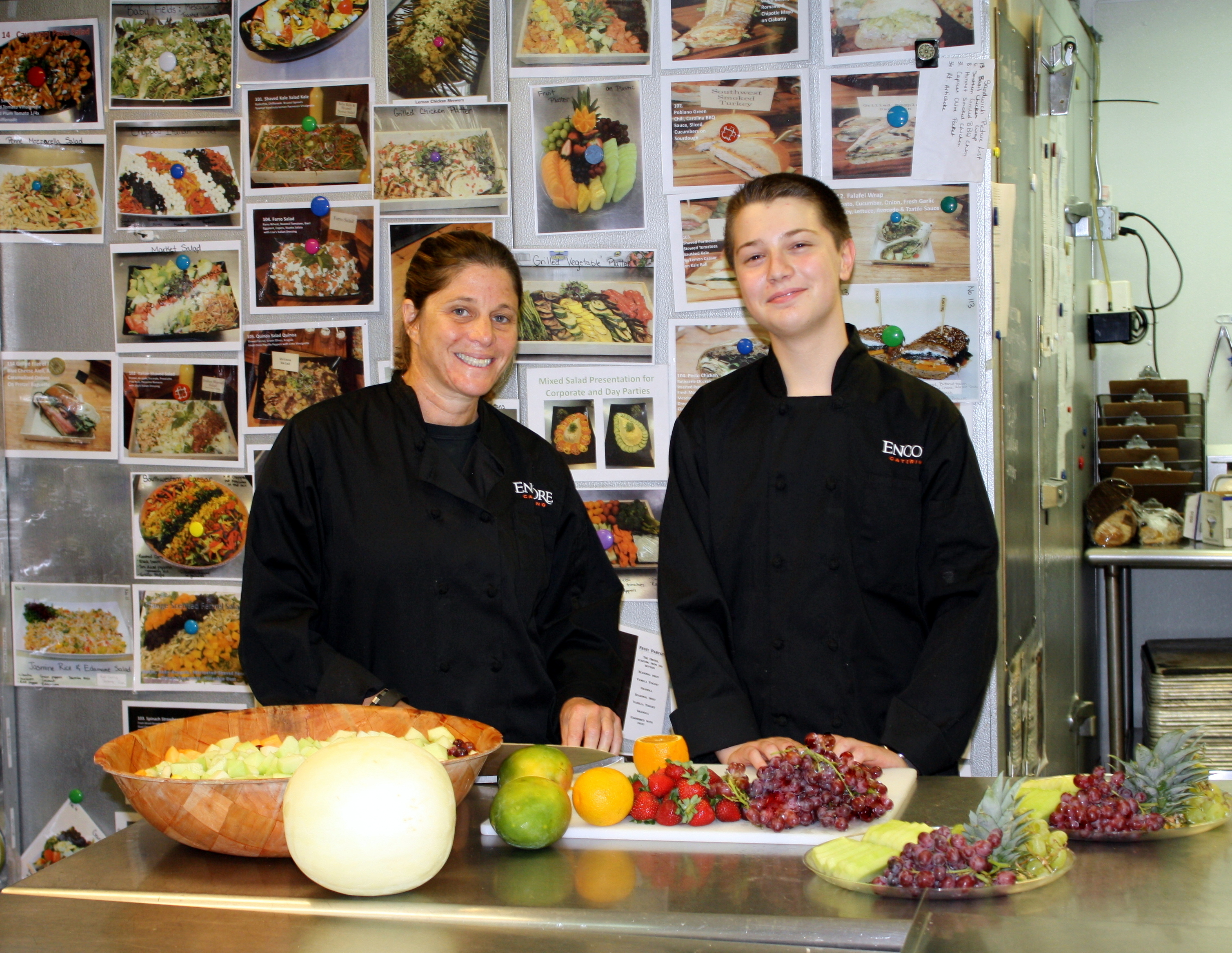 3e49e99713dbb6ca1e6a_Lisa_Epstein__Chef-Owner_with_Intern_-_Encore_Catering.jpg