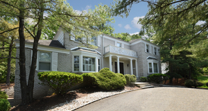 Stately Paragano designed center hall colonial