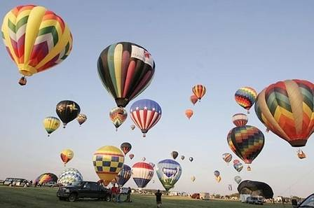a4c49ddebcaff2610559_sompixhotairballons.jpg