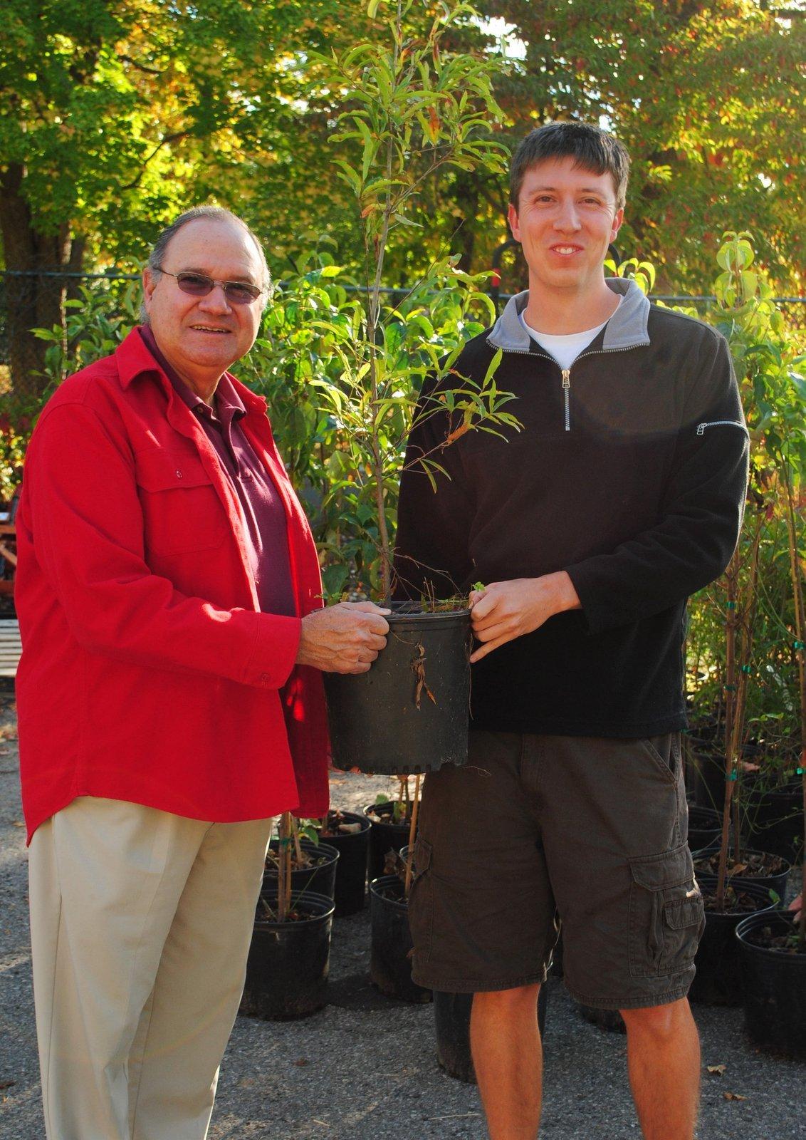 1ecc9a904193af4f111e_Union_County_Tree_Giveaway.jpg