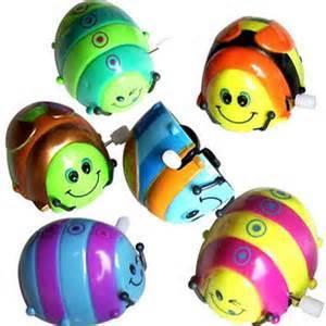df6598b83301998f55f4_Wind-up_toys.jpg