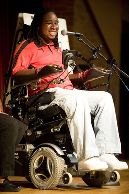 Eric LeGrand speaks to the audience
