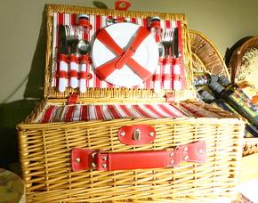 Garden of Eden picnic style gift baskets