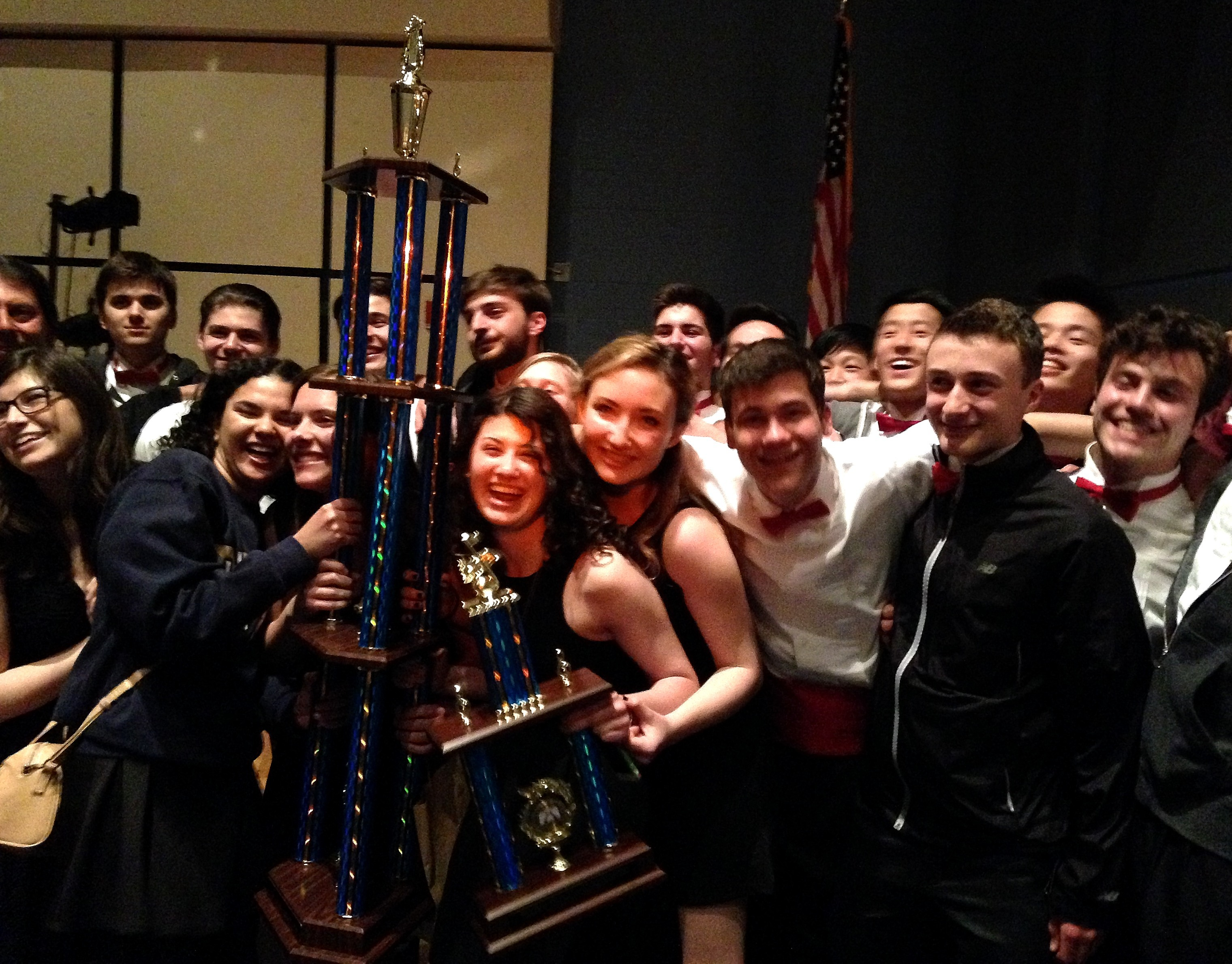 62a704eb96c3c6c4660d_Moonglowers__2015_-_The_Winners_and_Still_Champions.JPG