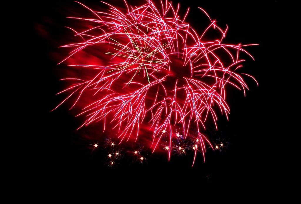 c1374b446db95328328e_Fireworks_5051__1024x696_.jpg