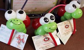 Roy G's balloon artistry every Monday at Mara's
