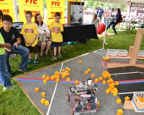 FTC and FRC Robots