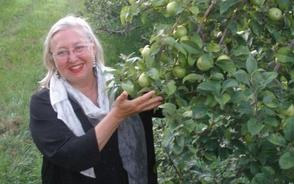 Elizabeth Ryan, Breezy Hill Orchard