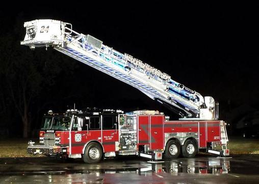 Top_story_aeb1517c9622131a5b23_fire_truck