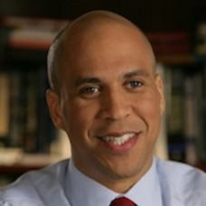 Senator Cory Booker Presents Tech and Social Media Innovation Forum for Small Businesses and Entrepreneurs, photo 1