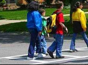 e51df73145391f1dda70_cross_walk_kids.JPG