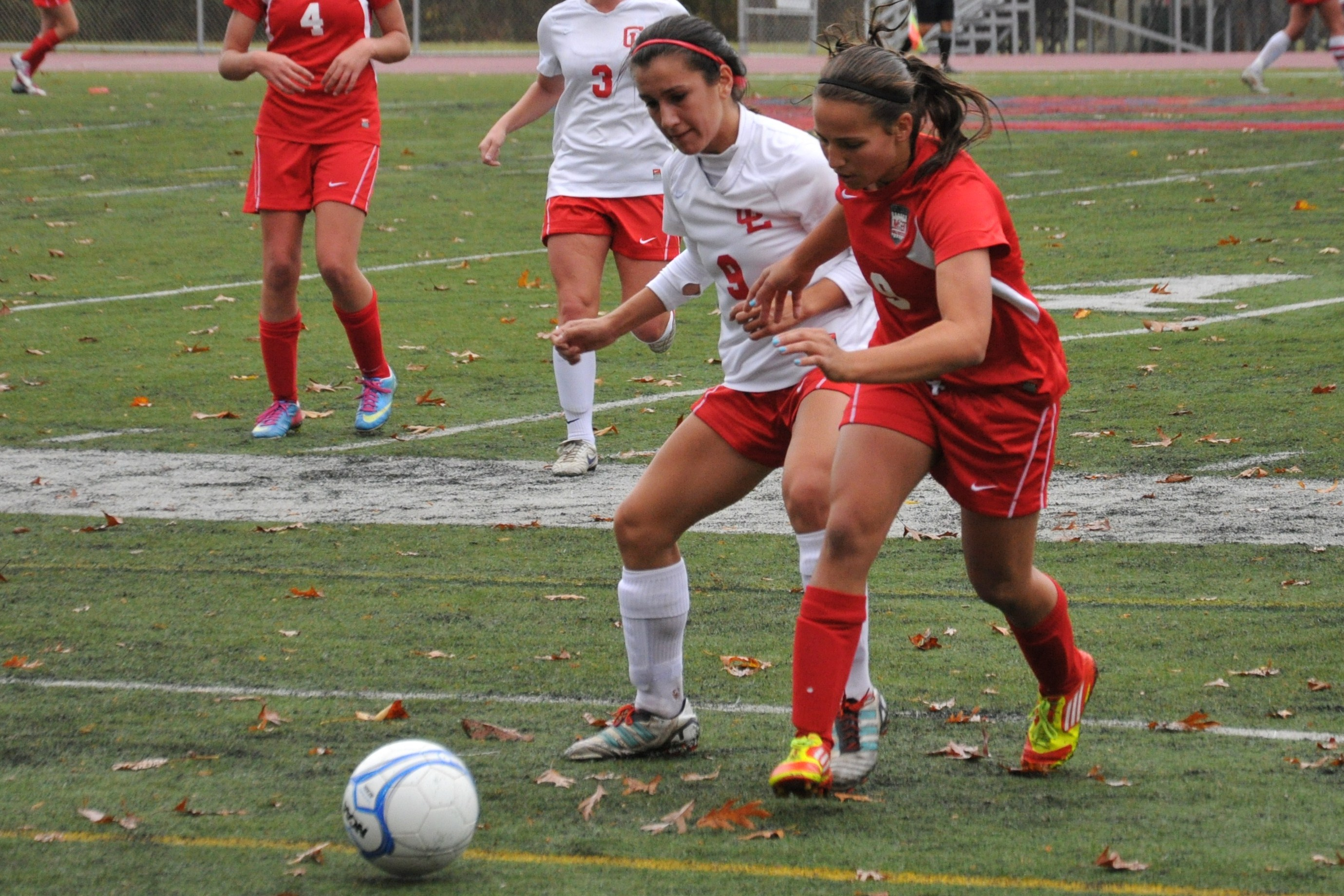 42b2644c55fe5d7fb1a7_Alice_Cabellero_chases_down_the_ball..jpg