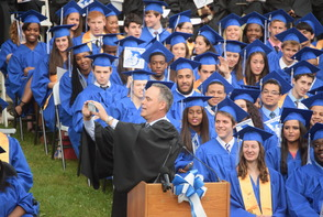 CBS News Anchor Jim Axelrod Takes Selfie During Commencement Address to 522 Montclair H.S. Graduates, photo 10