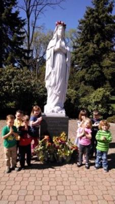 May Crowning at Holy Trinity Preschool, photo 1