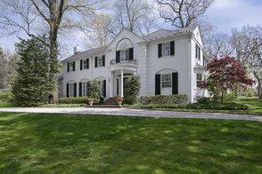 2 Lake Road, Millburn NJ: $2,495,000