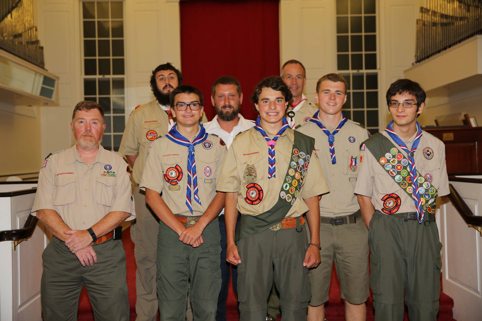 608e0add761c0ab035d5_Ian_Gordon_with_Troop_104_Eagles.jpg