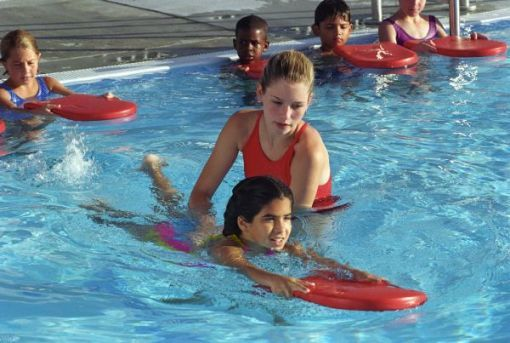 2f2e274a1497b6059ad2_red_cross_swimming_lessons.jpg