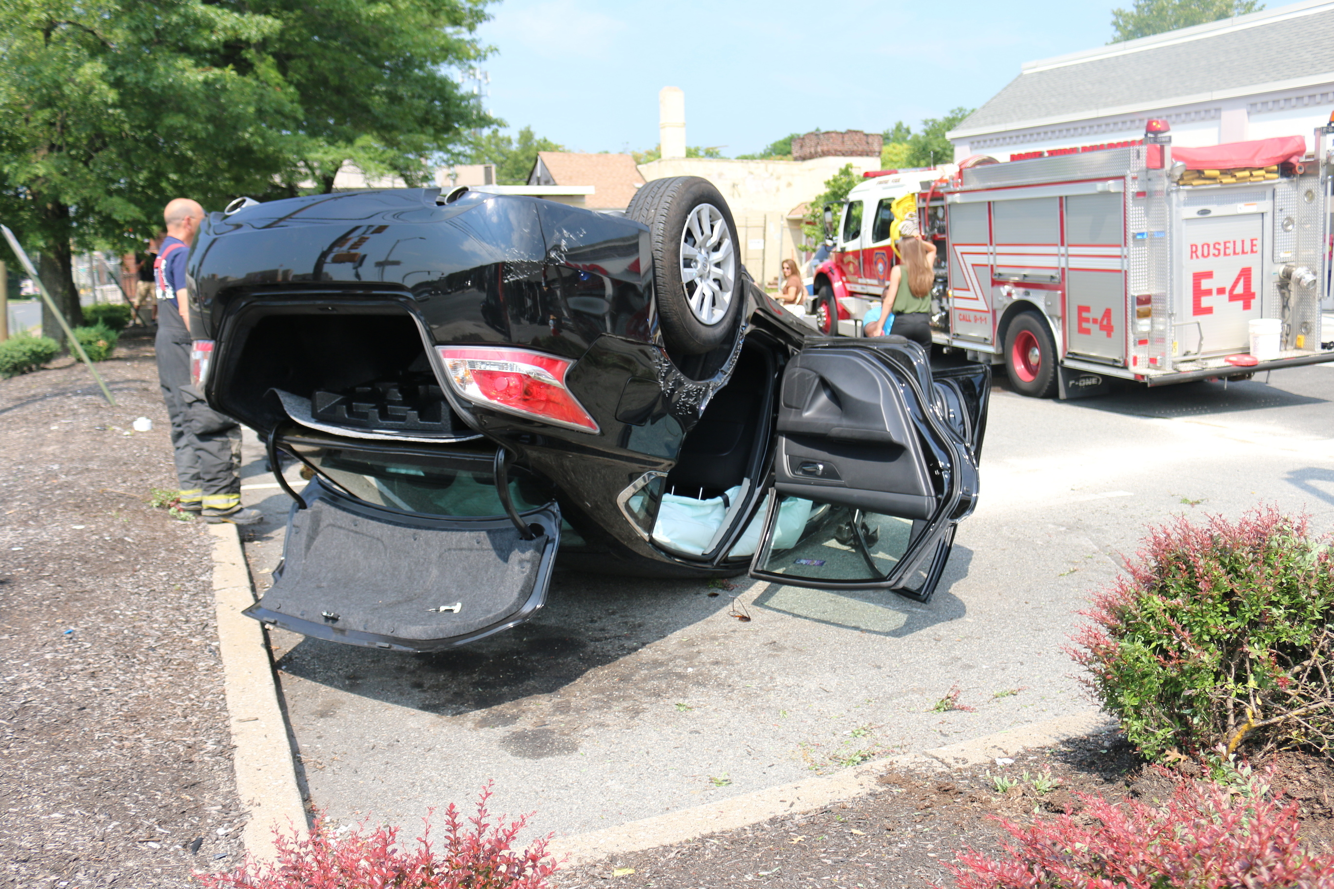auto lands on roof in cvs parking lot tapinto