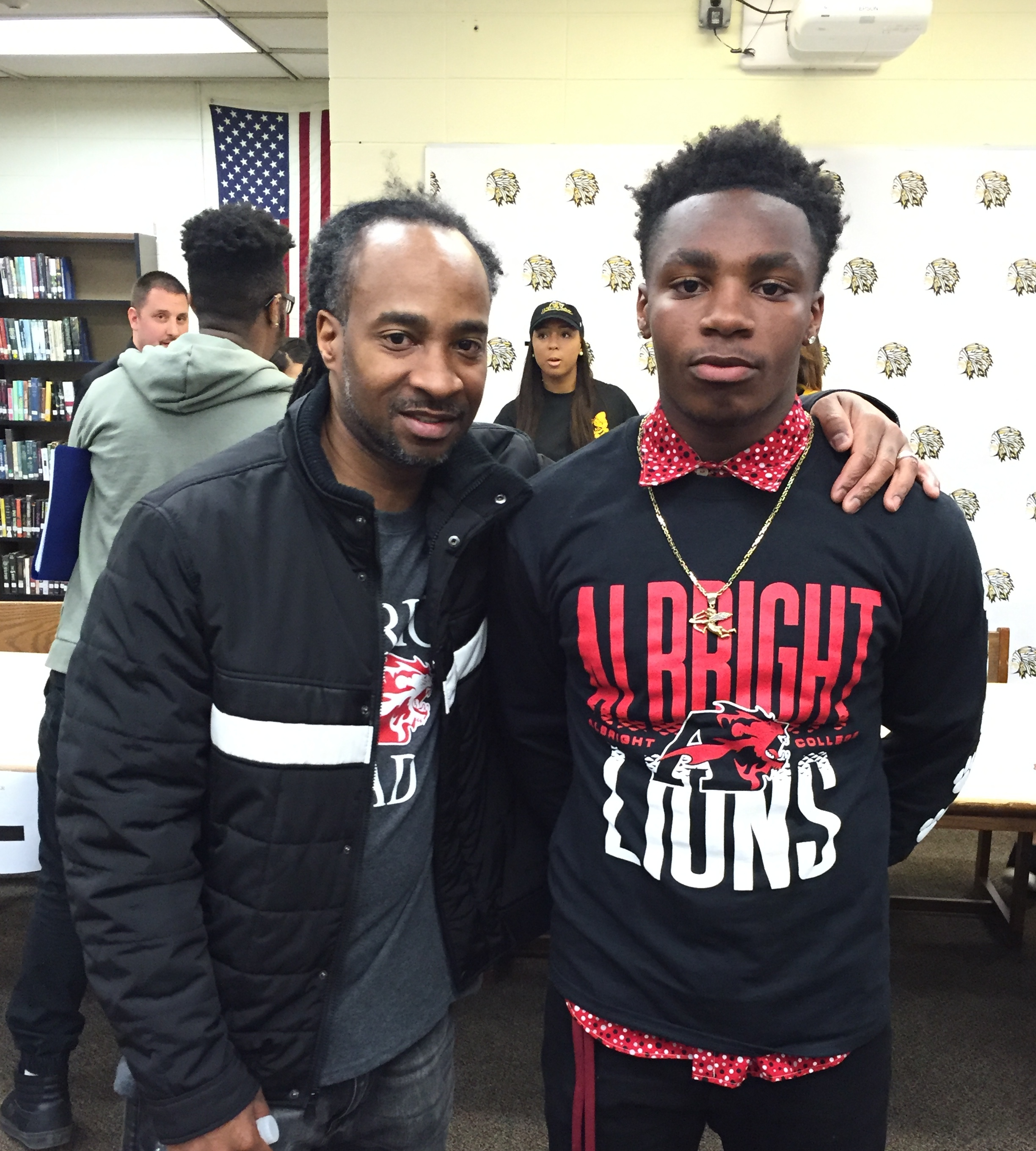 9ed5af85e0510d2717ff_PWay_Athletes_College_Signing_Day_4-13-16_051.JPG