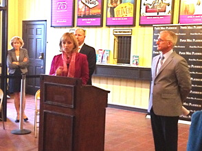 Lt. Governor Guadagno Recognizes Autism Awareness Month in Visit to Paper Mill Playhouse, photo 7