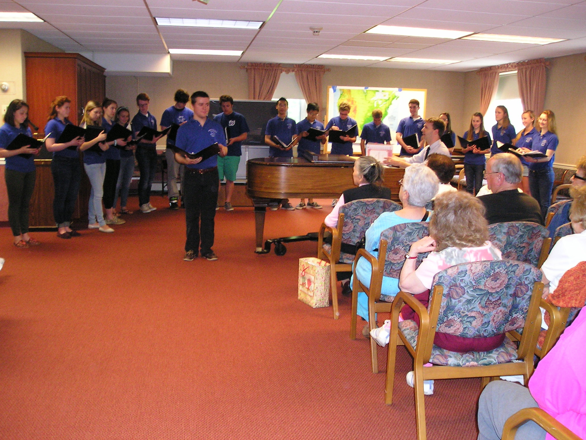 fb636869c9bf1464efd9_Senior_Citizen_performance_by_WHS_Chorale.JPG