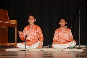 Brothers Abhinav and Anirudh Khandrika sang Puraharanandana