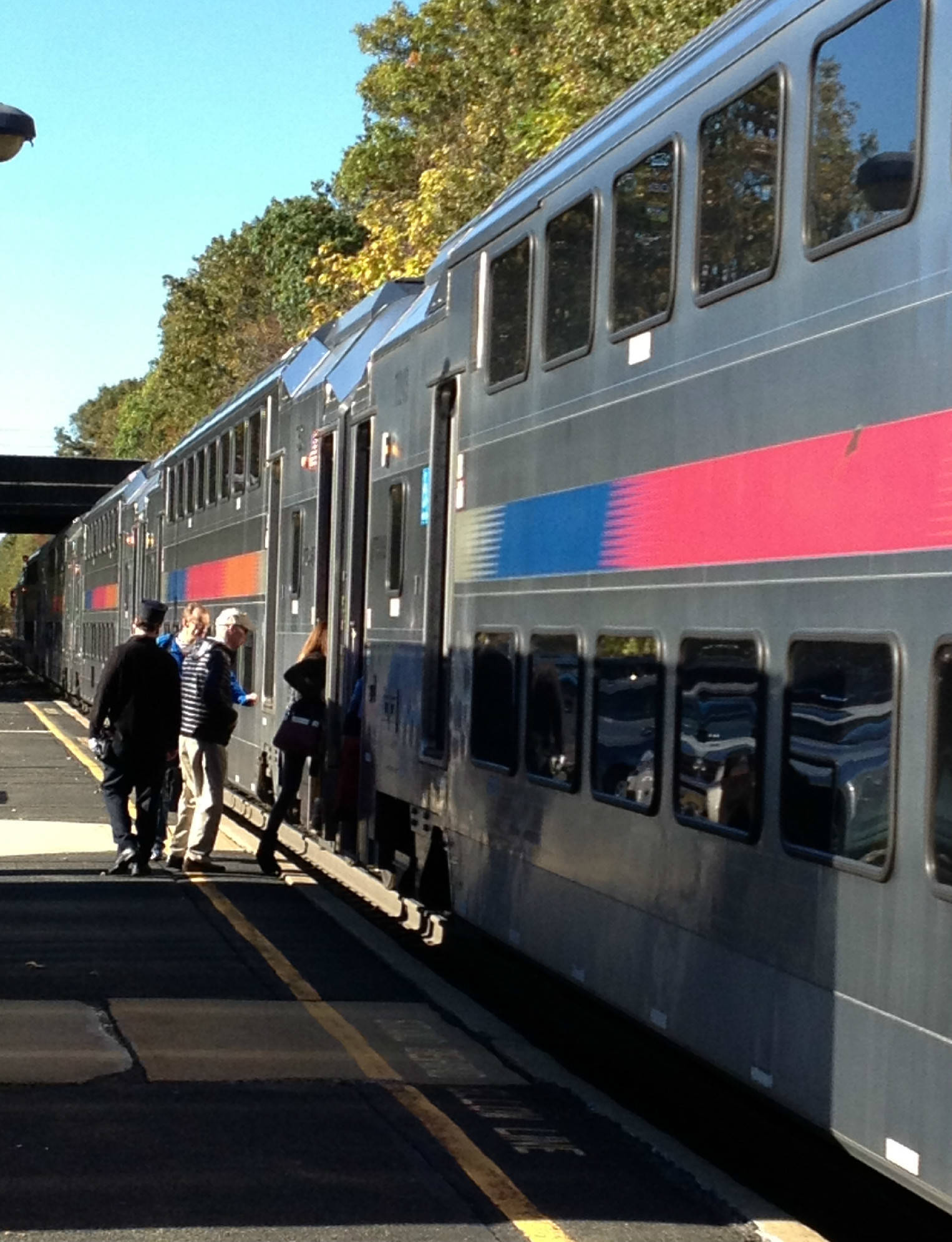 812693d6aace7bc9a09a_12635a11a22886fec0d1_1016am_Direct_Train_from_Fanwood_to_NYC_10-27-14.jpg