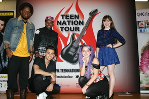 Teen Nation Tour Visits Lazar
