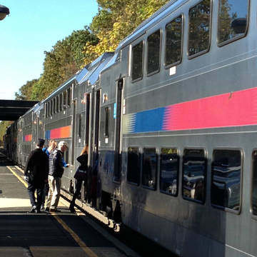 Top_story_812693d6aace7bc9a09a_12635a11a22886fec0d1_1016am_direct_train_from_fanwood_to_nyc_10-27-14