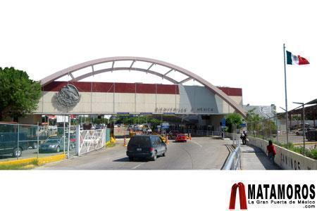 6076001be35f83d4d1ff_Brownsville-matamoros_boarder.jpg