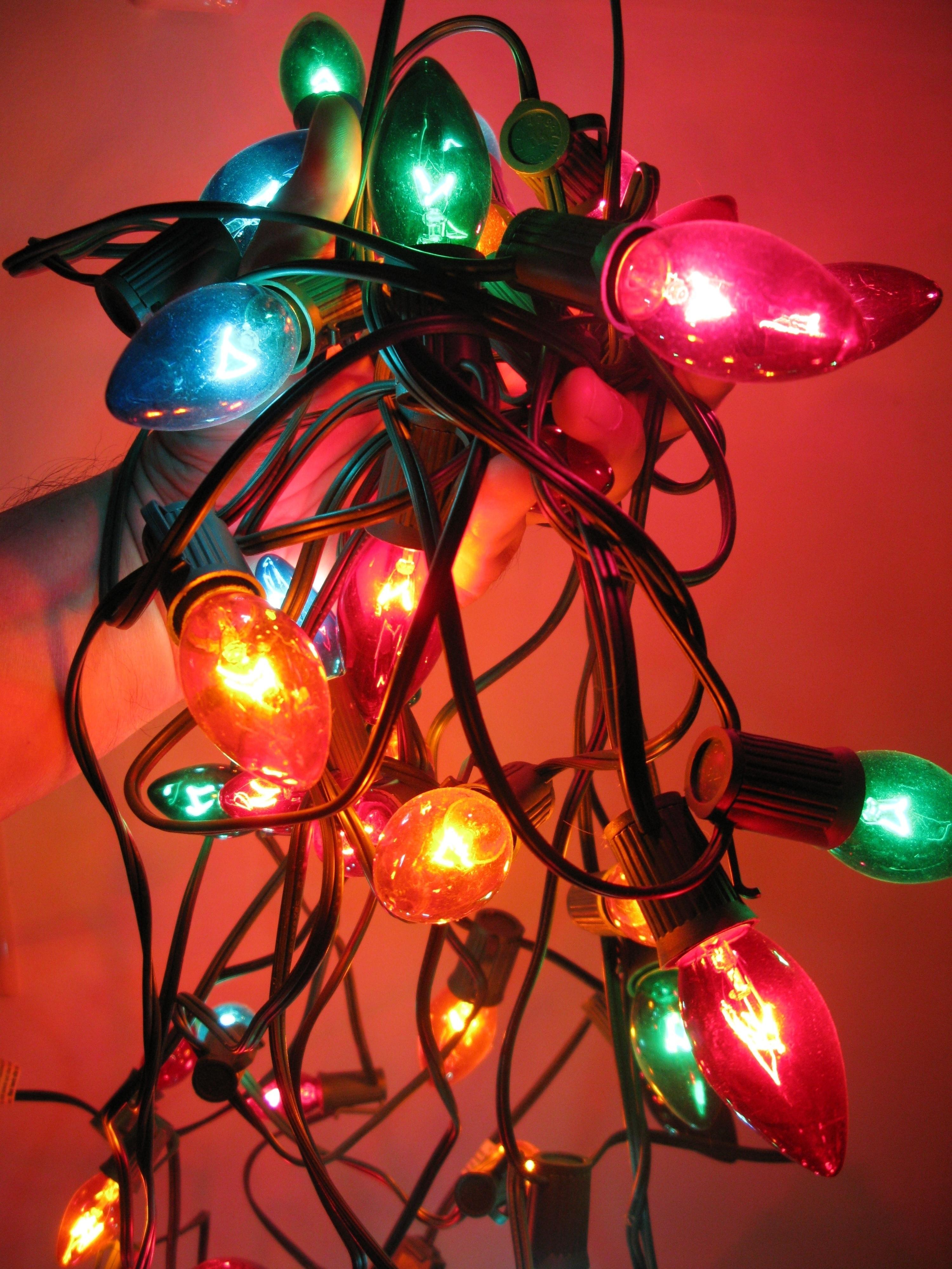 643c37e7ca1930cf9b68_31f0af03cd4f8656703f_holiday_lights_PROfrankieleon.JPG