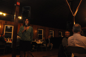 Alicia Ferrante addresses the crowd.