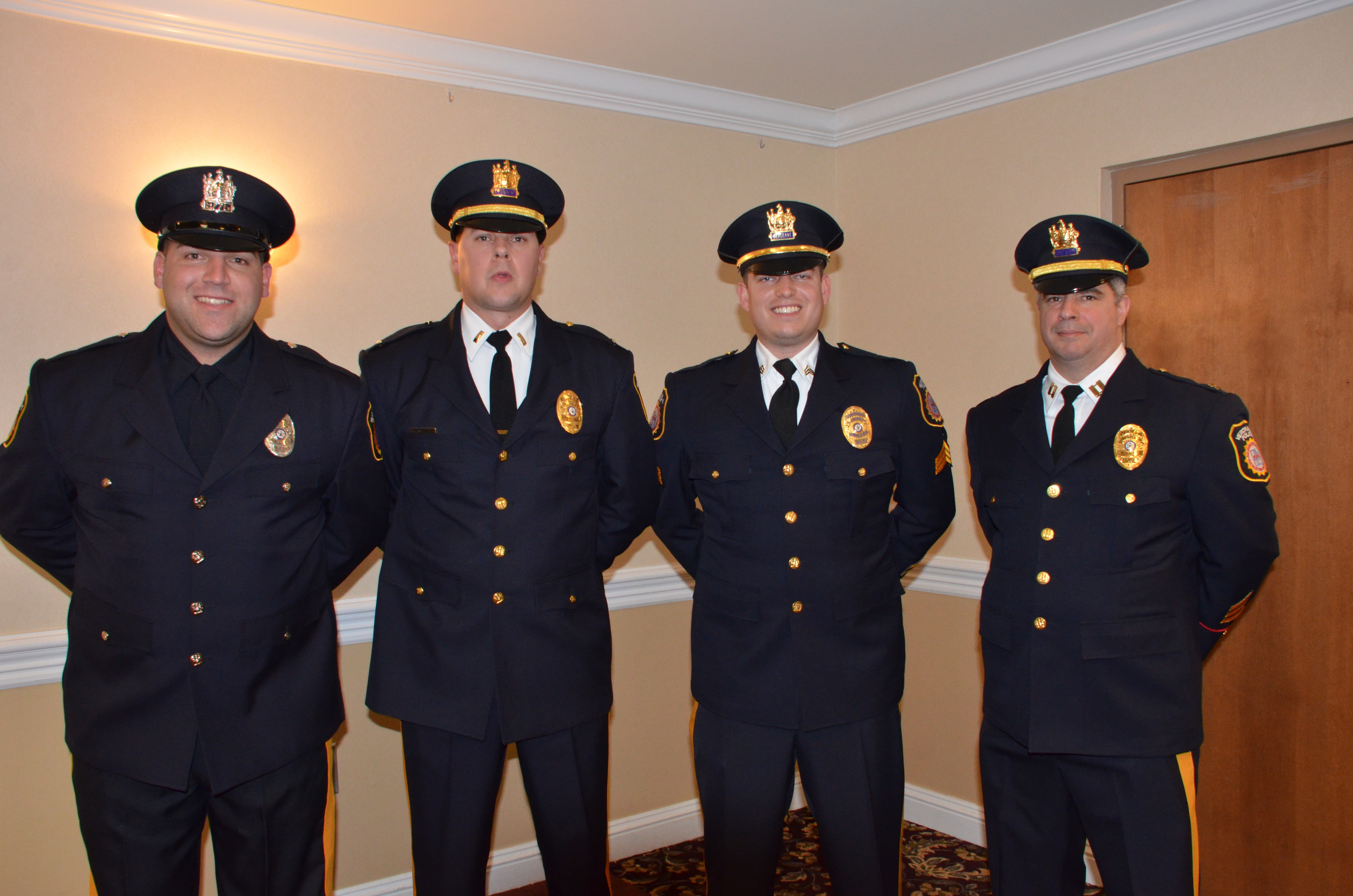 verona police department announces promotions and new officer