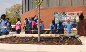Roselle Comes Together for Community Clean Up Day, photo 44