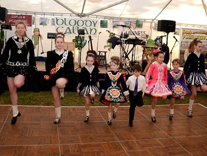 d5b5c90fea1e6667fd7f_Marie_Moore_Irish_Dancers.jpg