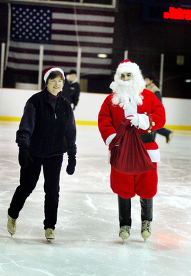 Enjoy Ice Skating with Santa at Warinanco Skating Center, Dec. 15, photo 1