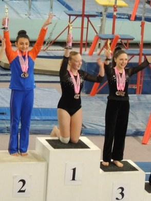 Giana Macones wins 2nd Place on Floor!