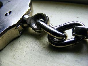 Top_story_a796e2202ea595ebc5b2_arrest