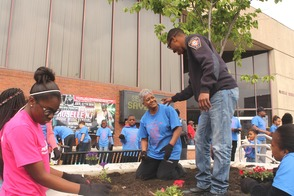 Roselle Comes Together for Community Clean Up Day, photo 15