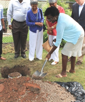 Roselle Community Joins Dr. Polk Family and Plants Time Capsule, photo 20