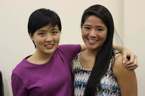 A student from The MLC School in Australia and Rebecca Huang, a former student of The MLC School and current member of NJYS