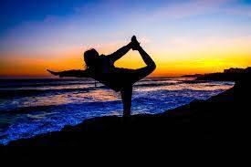 009211e334b4f9f96874_yoga_2.jpg
